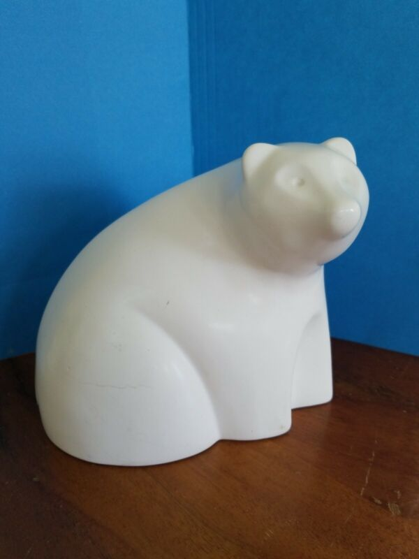 "Vintage GSD ceramic White Polar Bear EUC Unique smooth finish,  6 1/4"" x 7"""