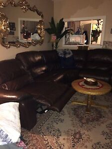 Electric recliner laztboy leather couch