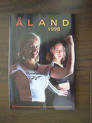 ALAND 1998 STAMP YEAR PACK UMM