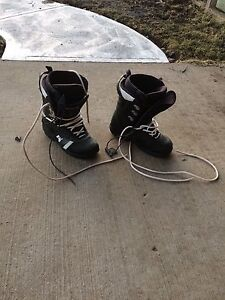 Men's North wave  size 10.5 snowboard boots