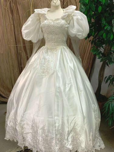 UNIQUE COLLAR WHITE WEDDING DRESS BRIDAL GOWN RENAISSANCE FAIRE SIZE SM-MEDIUM