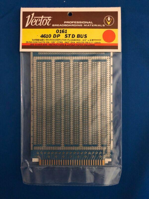 VECTOR 4610 DP STD BUS Plugboard and R656-1DP Solder Type Receptacle