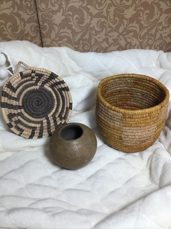 Miniature Native American Baskets And Pottery Lot Of 3 Pieces Small No Info