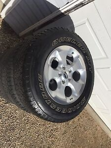 2015 Jeep rims and tires
