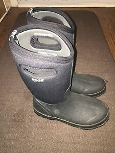 Bogs Winter Boots - Like New - Reduced
