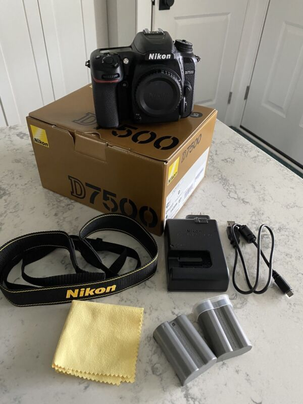 Nikon D7500 Black (Body Only) Mint Condition With Extra Battery
