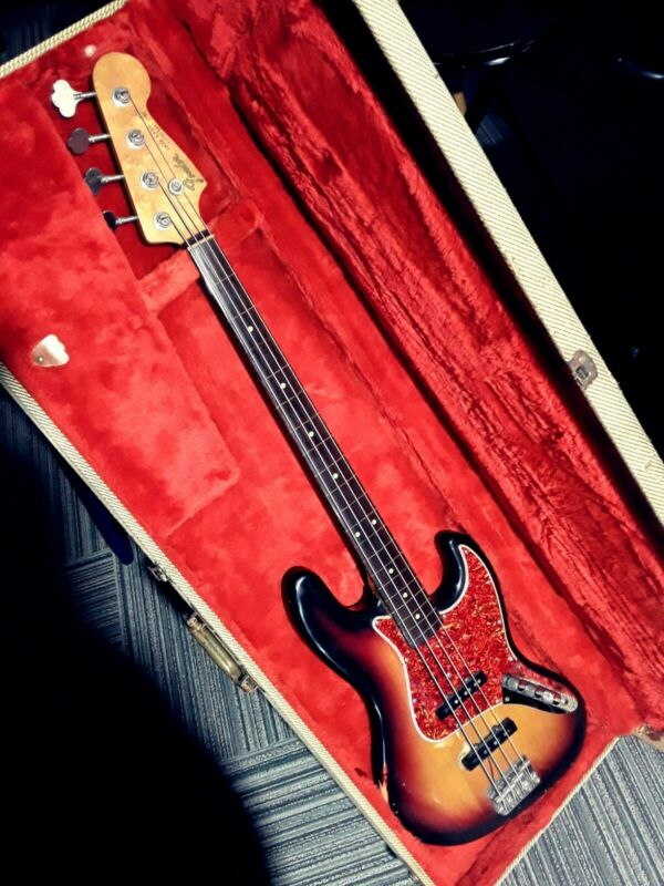 vintage 1982 fender jazz bass 62 reissue, USA, fretted made fretless, magic bass