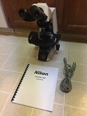 Nikon Eclipse E200-f Microscope - 4 Infinity Lenses - Mechanical Stage - Working