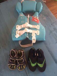 Life jacket & shoes (child)