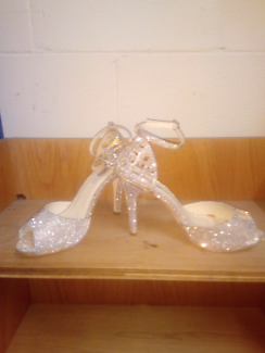 GOLD & SILVER EVENING SHOES