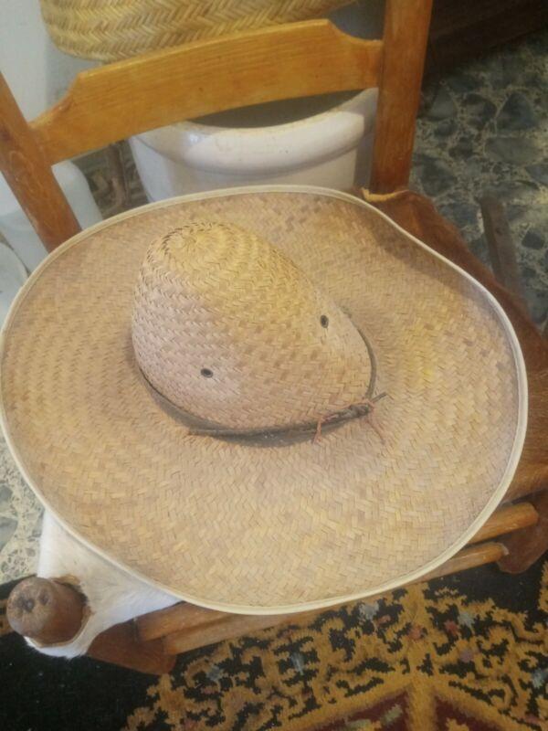 **AWESOME ANTIQUE 1930s LOUISIANA CAJUN STRAW HAT..LARGE CHAPEAU PIE  COOL! **