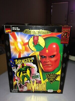 TOY BIZ MARVEL COMICS FAMOUS  COVERS THE VISION AVENGERS POSEABLE 8