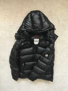 Moncler Maya Sz 3 **NEED GONE**