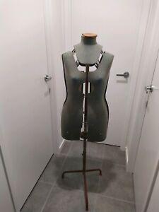 1950's dressmaker model