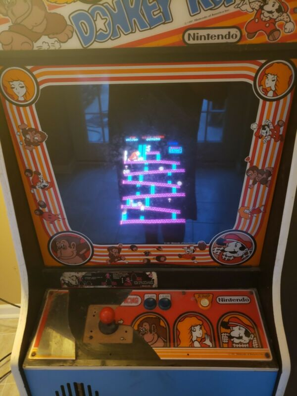 Donkey Kong Arcade Game by: Nintendo  Original Full Size Arcade Machine