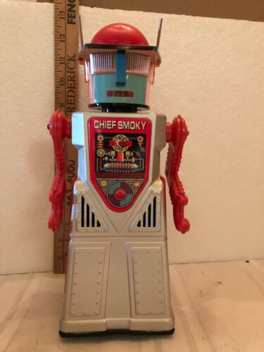VINTAGE BATTERY OPERATED CHIEF SMOKEY ROBOT