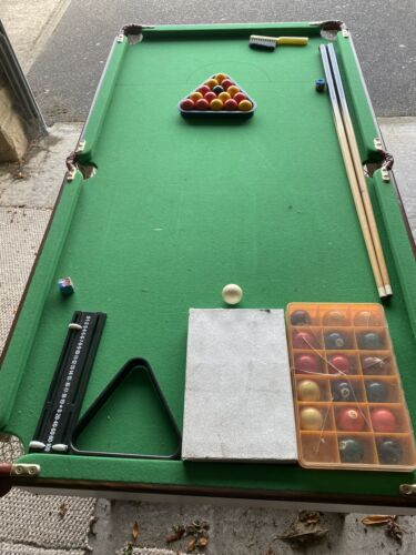 Pool Table 4.5ft