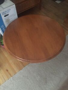 Roxton Maple Coffee Table and 2 End Tables