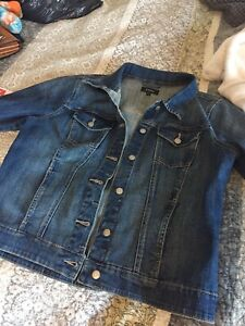 Sz large jean jacket 12-14