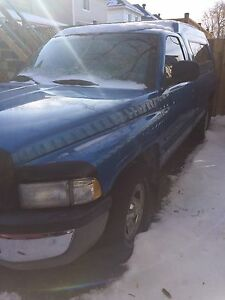 1998 Dodge Power Ram 1500 Laramie SLT Pickup Truck