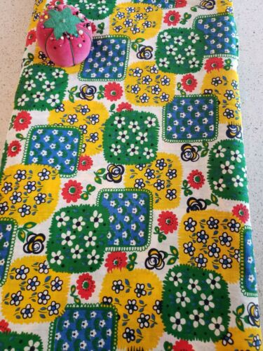 Vintage VTG 1970s Patchwork Flower Power Mod Fabric  - 2 yards  x 44 WOF