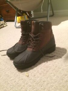 Winter boots size 7.5
