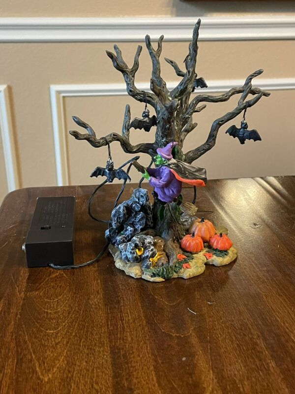 Retired 2002 Lemax Spooky Town Halloween Nightflight 24762A Witch Bats Tree GUC