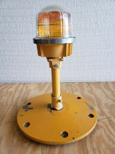 Rare Double Globe Taxiway Lamp Airport Runway Light Plane Helicopter Mancave #02