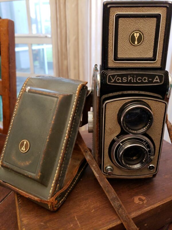 Vintage Yashica-A Twin Lens 120