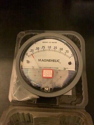 Dwyer Magnehelic Differential Pressure Gauge 0-2 Water Column