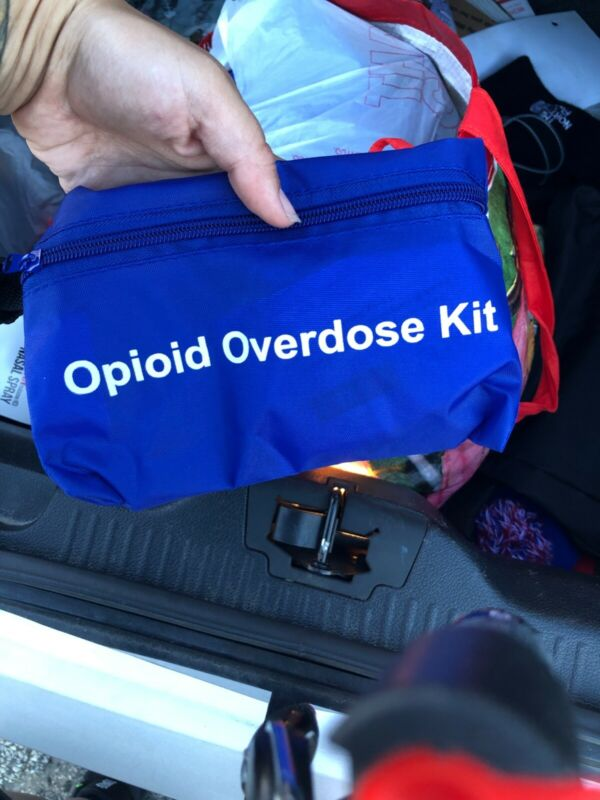 2 doses overdose kit bag for narcan/naloxone Ems Emt 4mg instructions/gloves/cpr