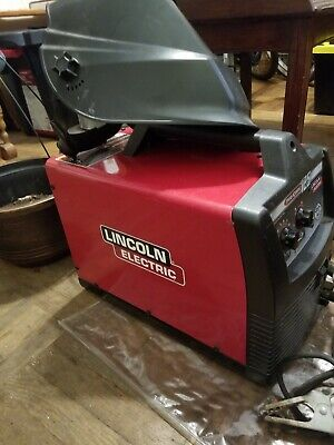 Lincoln Electric Welder Pro Core 125.