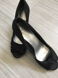 Ladies Black shoe