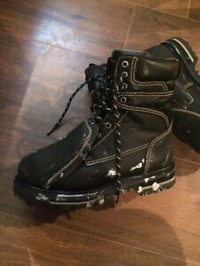 METATARSAL STEEL TOED WORKBOOTS, SIZE 7.5, WORN TWICE