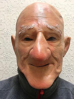 Alter Mann Maske Glatzkopf Groß Kinn Opa Bad Dirty Großvater Latex Kostüm