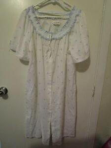 Sussan Size 14 Maternity Nightie (Like New Condition) Campbell North Canberra Preview