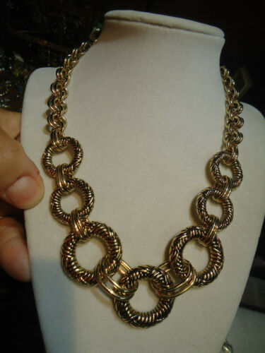 Napier vintage gold tone chunk link necklace 36
