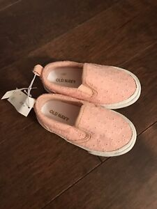 Girls size 5 Old Navy