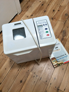 Bread machine and booklet