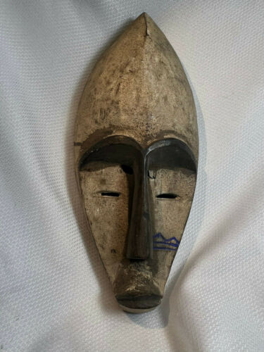 Vtg Painted Hand Carved Wood African Tribal Wall Ethnic Hanging Mask Decor