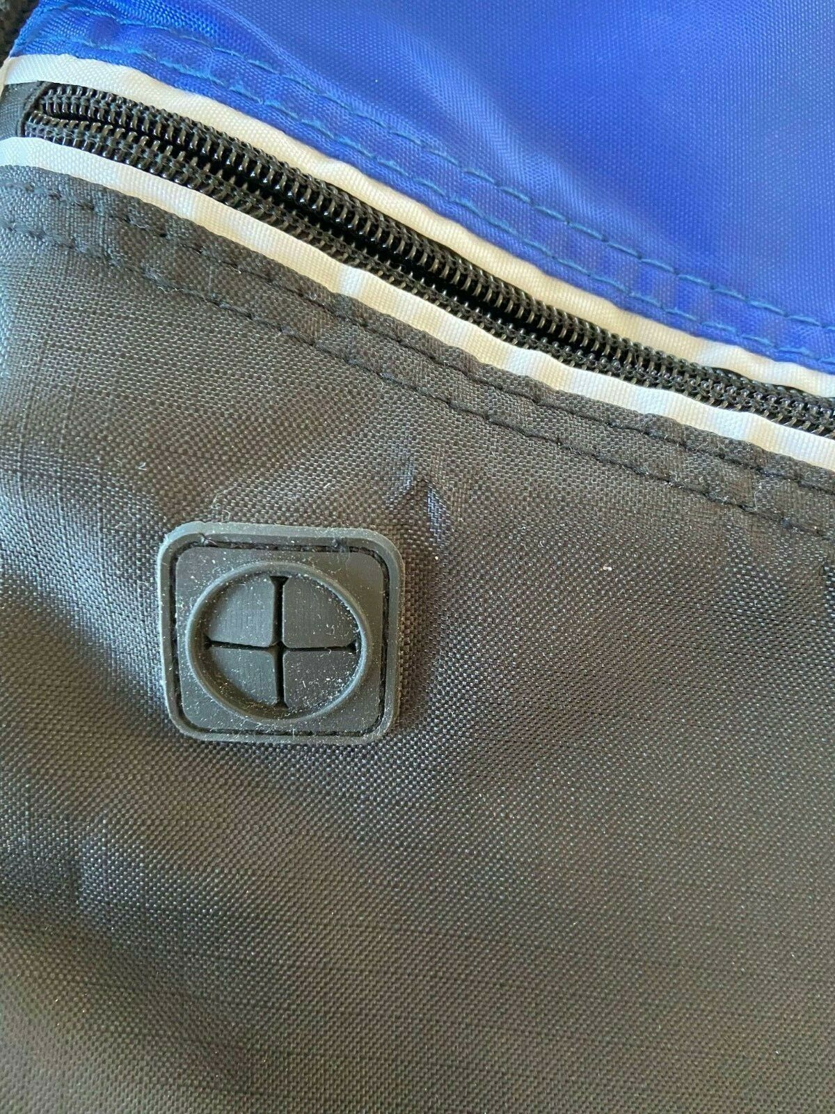 Apple Travel Bag Grey And Blue With Straps - $5.00