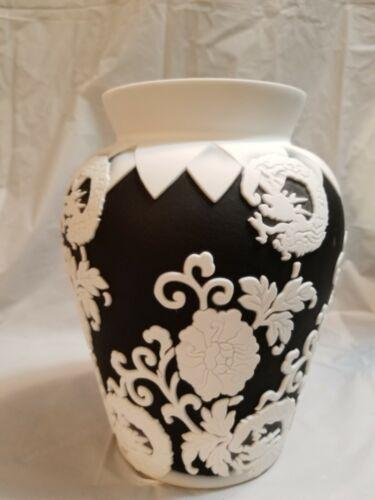 Fenton Camo vase Kelsey 1 Pilgrim 8