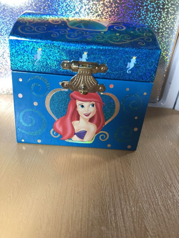 Little Mermaid~ Ariel Musical Jewlery Box~ Works!