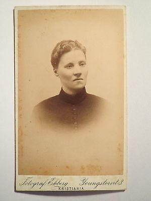 Christiania - Frau im Kleid - Portrait / CDV Oslo - Norwegen