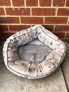 bed for cat or small dog