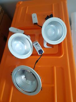 3x LED downlight