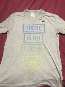 Nike t-shirt mans medium and dry fit