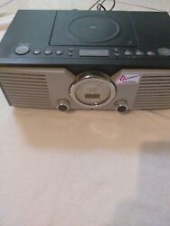 Teac SL-D88 Retro Style Stereo Desktop Radio / CD player / Alarm Clock (Used)