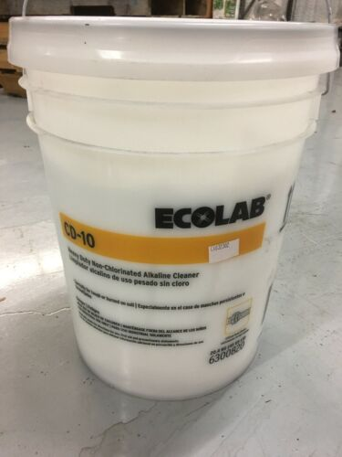 Ecolab CD-10 Non-Chlorinated Alkaline Cleaner for Laundry 5 Gallons
