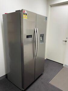 2 door fridge freezer